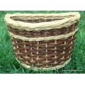 Front bike basket in white and red willow