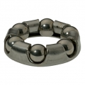 Ball bearings with retainers for hubs